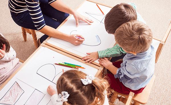 El aprendizaje de los lenguajes orales y escritos